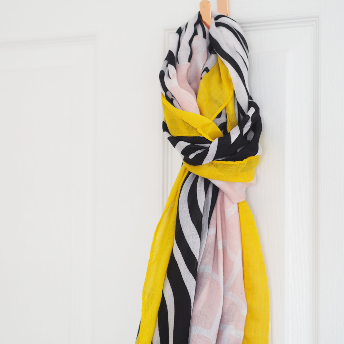 Block Colour Animal Print Scarf